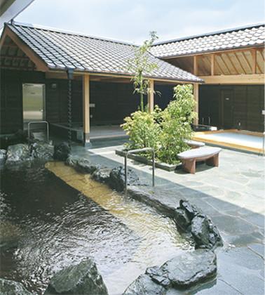 季節の変わり目に〝温活〟を 漢方炭酸泉でポカポカ 相鉄・上星川駅前「満天の湯」