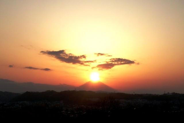 2017年秋のダイヤモンド富士を大磯城山公園で!「関東の富士見百景」からの絶景【9月1日(金)・2日(土)】