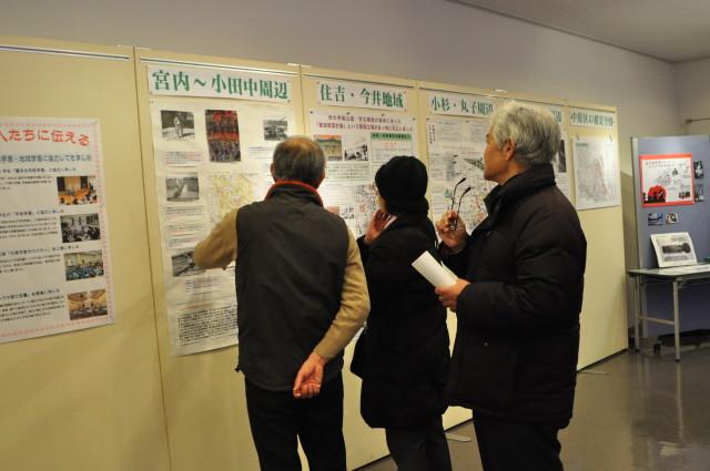 川崎大空襲を〝今〟に伝える 「中原空襲展」でたどる地域の記憶と平和への願い