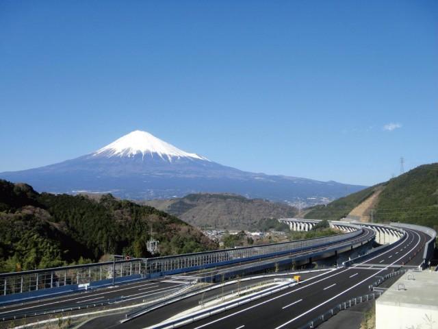 ネクスコ中日本―フォトコンテスト『高速道路と風景』作品募集