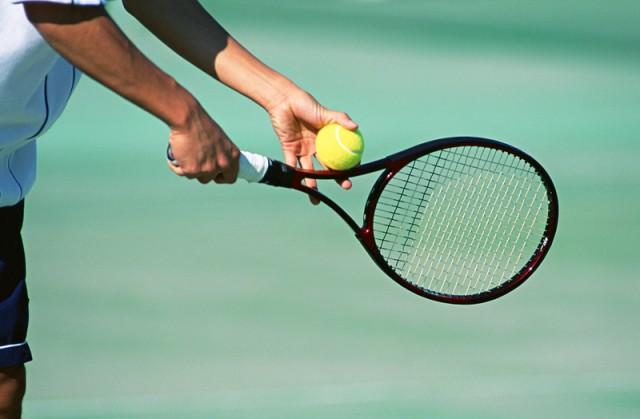 テニス教室の受講生募集 初めてから上級者まで@長浜公園