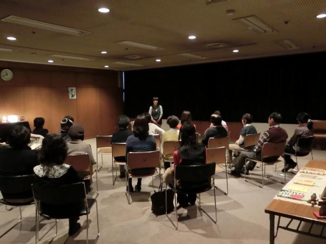 川崎市幸図書館で「大人のためのおはなし会」~耳から楽しむ「昔ばなし」の世界へようこそ~