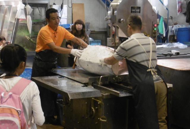 川崎の北部市場で魚料理教室やフルーツ実験ができる『市場体験!夏休みこども食育講座』参加者募集中(川崎市宮前区)