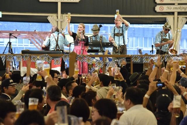 「横浜オクトーバーフェスト2017」横浜赤レンガ倉庫でビールの祭典!ミュンヘン6大醸造所&日本初上陸のビールが飲める!