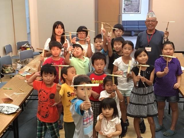 子どもに昔遊び体験を!大型の竹とんぼ作りに挑戦しよう@綾瀬市役所7階市民展示ホール