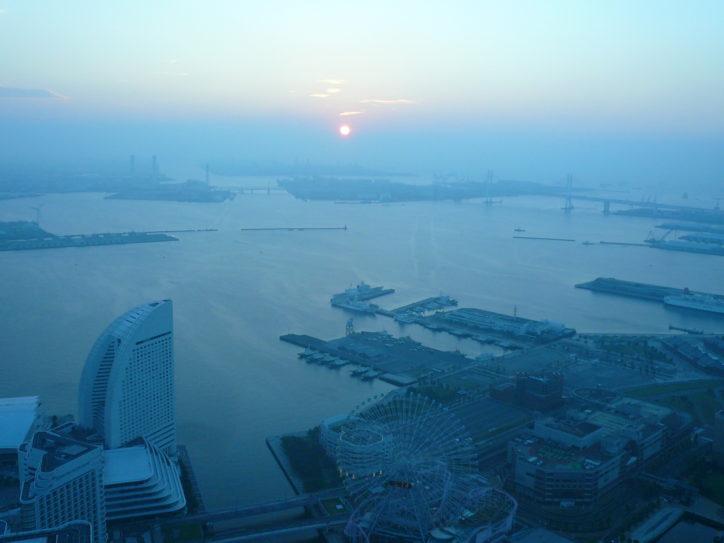 69階展望フロアで迎える新年「初日の出」大晦日の年越しも@横浜ランドマークタワー