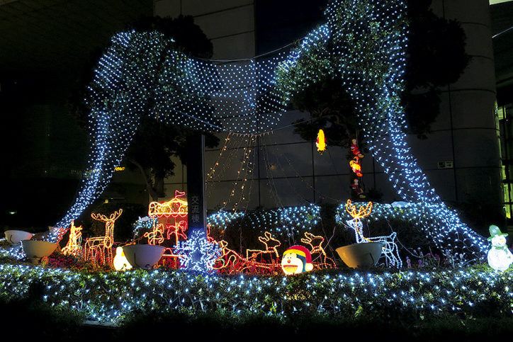 川崎の日本夜景遺産スポット「川崎マリエン」でイルミ&夜景観賞しよう