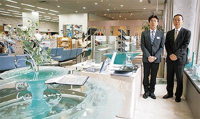 野口真理さん「グラスアート展」@横浜信用金庫本店ロビー