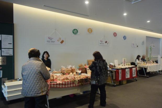 南米スティールパン等の生演奏や産直マルシェ!横浜・戸塚さくらプラザでアートバザール