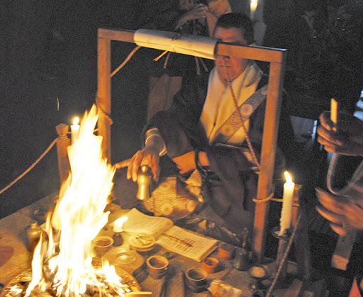平塚・妙圓寺で「初辨天大祭祈願成就大護摩供」とチャリティーバザー