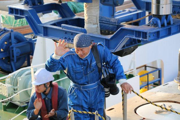 JMSTEC企画展「水中写真家 中村征夫、深海へゆく~『しんかい6500』乗船の記録~」