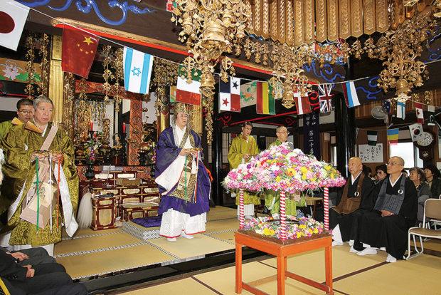 釈迦の誕生祝う「花まつり」さこみちよトークショーも【4月1日横浜・戸塚区仏経会主催】