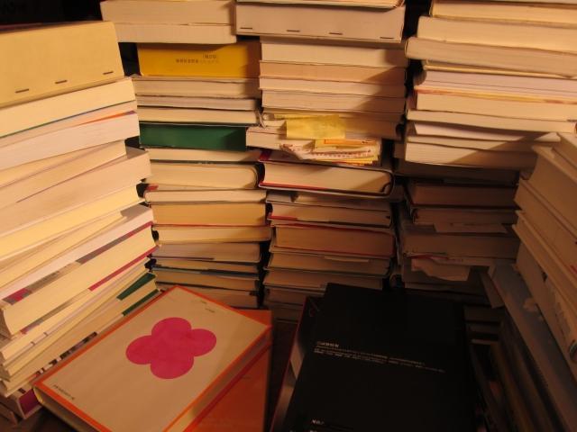 1冊10円!座間市立図書館で「ワンスモアBOOKSフェア(古本市)」
