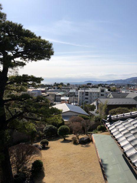 小田原に黒田官兵衛ゆかりの邸園「清閑亭」海が見える高台のカフェでのんびり