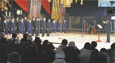 総持寺で東日本大震災復興「祈りの夕べ」万灯供養も
