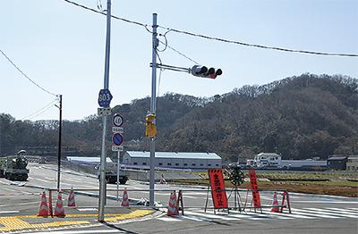 クラシックカーが通り初め!厚木・赤坂竹ノ内線「開通式」