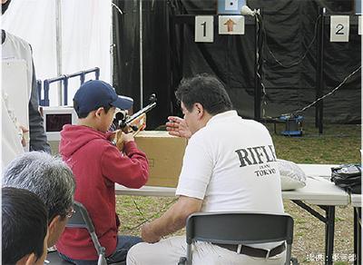 パラスポーツ体験「ノーリミッツチャレンジ」射撃体験ほか@しまじろう広場