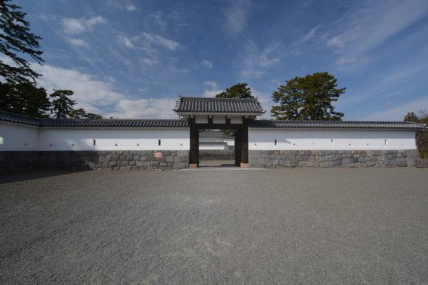 はじめての小田原城址公園は「正規登城ルート」で巡るべし ガイドさんと実際に歩いてみた