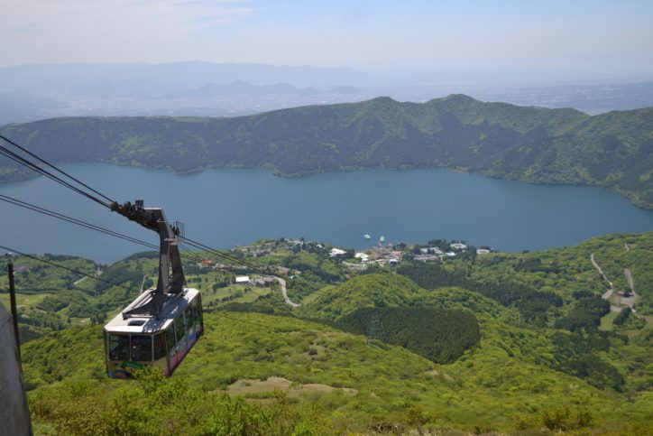 小学生以下は乗車無料 家族で箱根駒ヶ岳ロープウェーへ!山頂で天体観測&夜景ツアーも