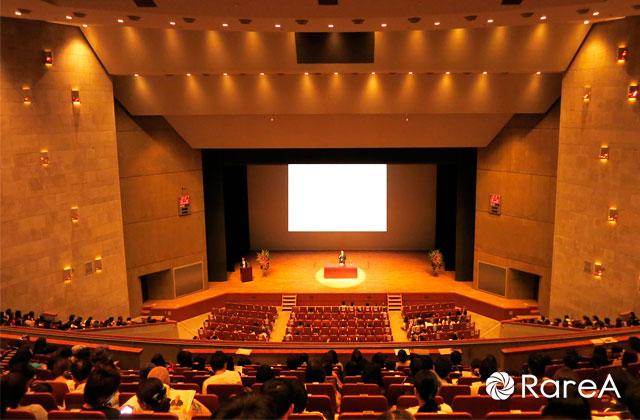 和太鼓奏者友野龍士さん「わくわく和太鼓コンサート」@神奈川県立青少年センター
