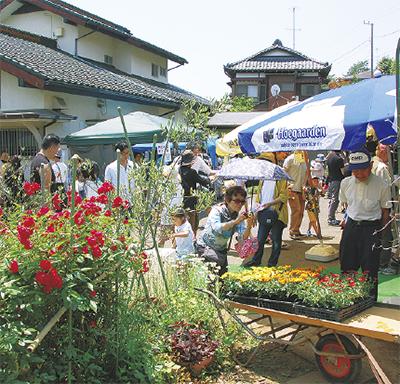 川崎市・宮前区で「花ノ停留祭」今年は35店が出店