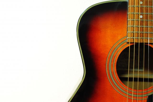 ウクレレや生ギターの弾き語りライブ@川勾神社