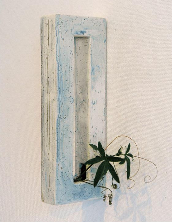 和田吉美陶展「器の色々 壁にも 卓上にも」