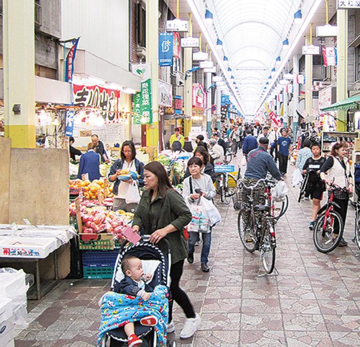 特賞はユニフォーム!横浜橋通商店街でベイスターズグッズが当たる抽選会