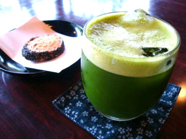 足の疲れに健脚コース! 緑茶オイル&冷やし抹茶で癒しの時間を!