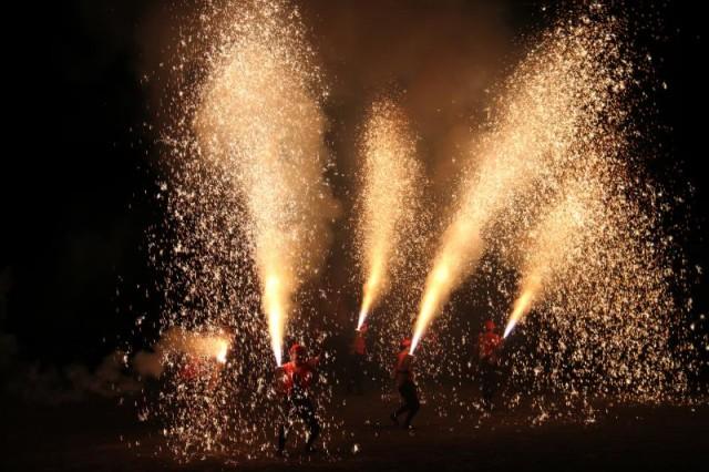 【小田原・湯河原・真鶴の花火2018】神奈川最大規模の花火から、珍しい遠州手筒花火も