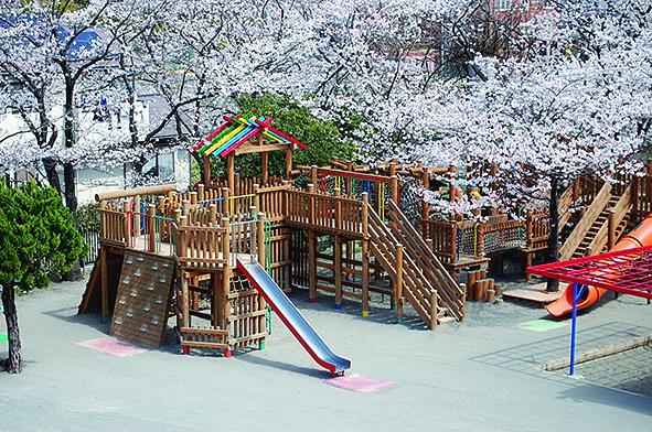 横浜さくら幼稚園・横浜サクラスイミングスクール/つよく、ただしく、のびのびと【横浜市青葉区】