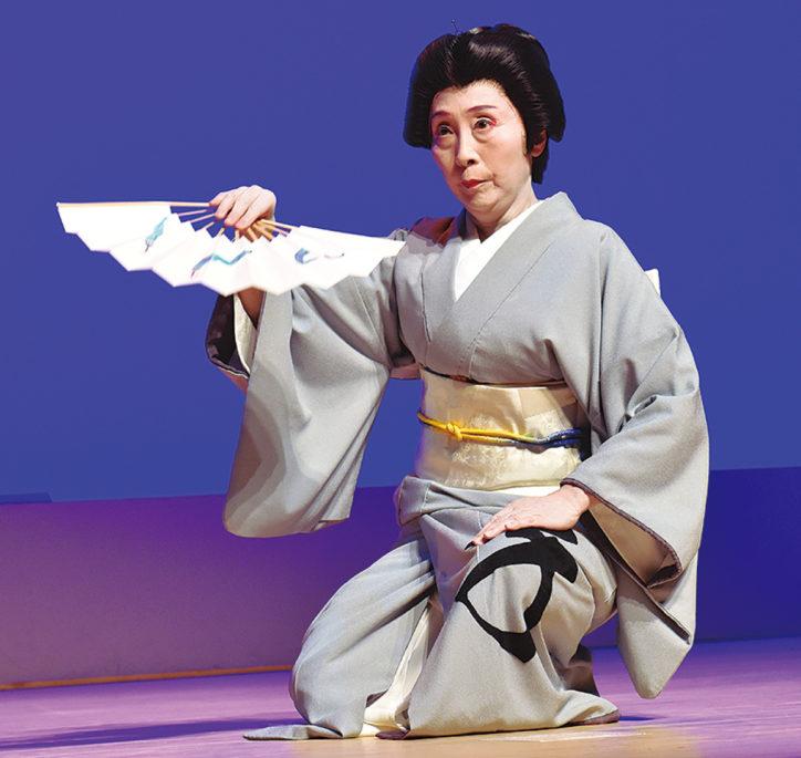 横浜能楽堂で「紅葉会」日舞披露