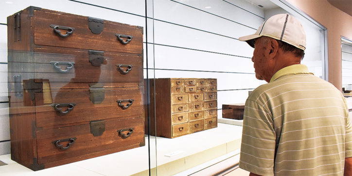 「民俗資料収蔵品展 住まいの道具 ハコとタンス」@藤沢市民ギャラリー