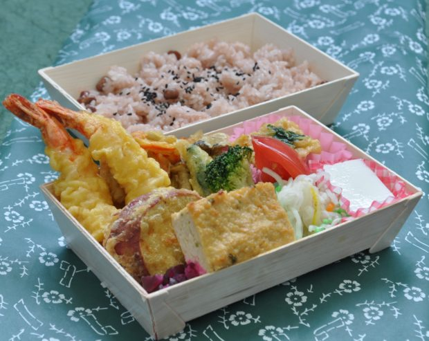 手作り弁当をお届け!パーティのオードブルも、小田原ぴあらいぶさがみにお任せ