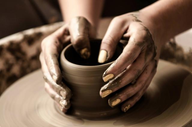 「陶芸教室〜自分好みの器を作ろう〜」【先着20人】