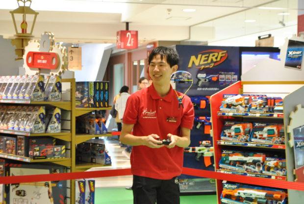 日本初進出!英国発、遊べるおもちゃ店「ハムリーズ 横浜ワールドポーターズ店」11月30日開業