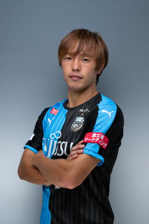 川崎フロンターレ齋藤学選手が母校でサッカー教室開催【参加無料】写真撮影・サイン会も