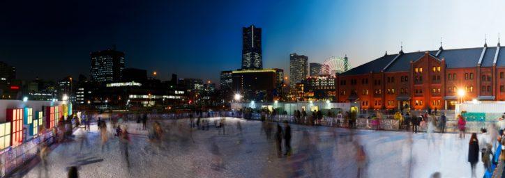 「アートリンク in 横浜赤レンガ倉庫」氷のリンクでアートとスケート楽しもう!2月17日まで