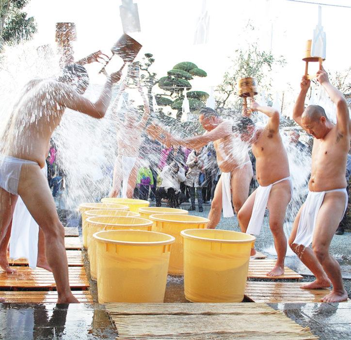 「節分豆まき守護神祭」圧巻の水行も!@常在寺