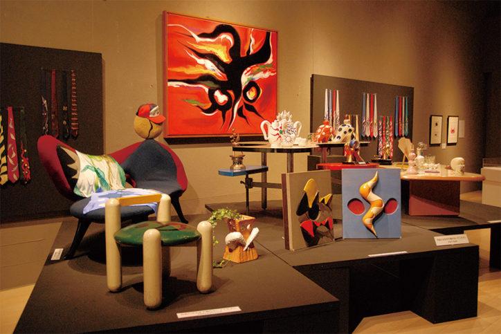 岡本太郎美術館で「ファンタジックTARO」遊び心あふれる作品を展示