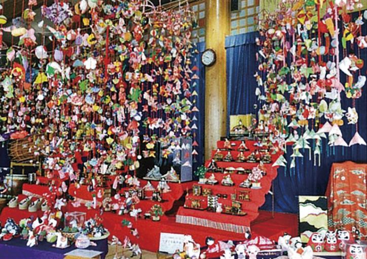 【松田町】西湘地域最大級!雛のつるし飾り