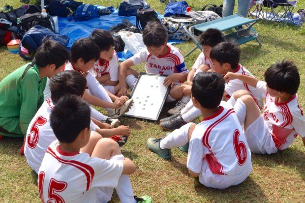 サッカーをはじめよう!小田原・矢作小学校でお菓子付き無料体験会