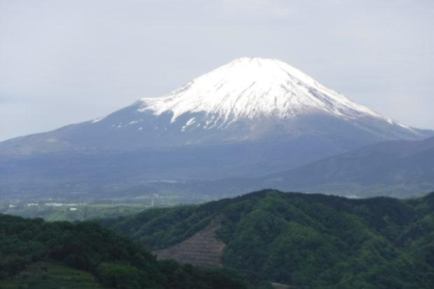 【夏休み特別企画】富士山が見える「山北つぶらの公園」で〝金太郎〟焼き印体験&スタンプラリー
