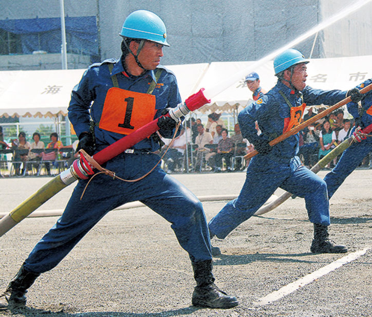 海老名市消防団が訓練成果を披露「操法大会」