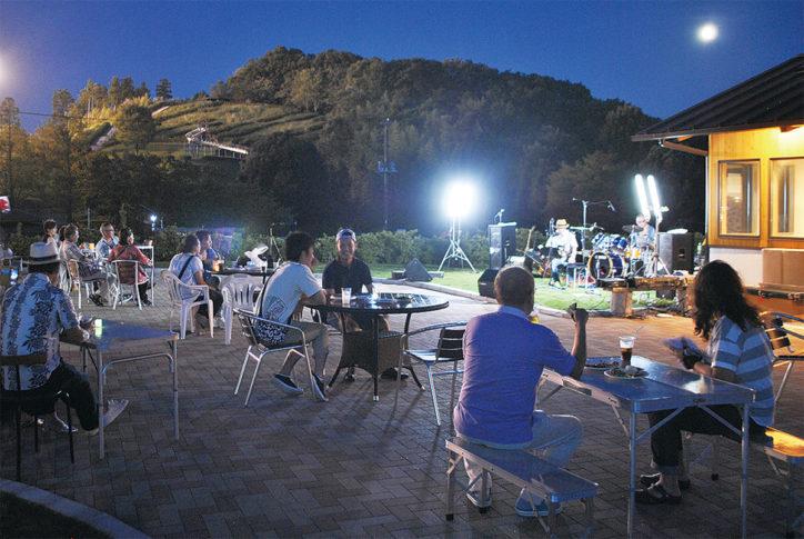 「大人の夜遊び」公園ビアガーデンとジャズの生演奏@中井中央公園