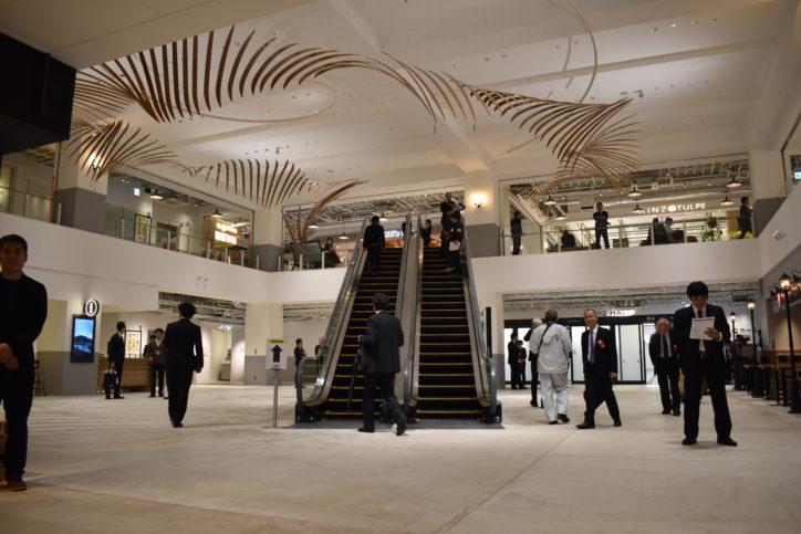 新港ふ頭に新名所「横浜ハンマーヘッド」開業!客船・ホテル・食の3要素複合施設
