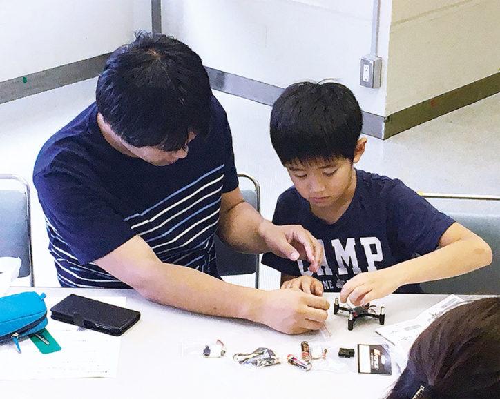1日限りの 「さがみはらロボット大学校」旧新磯高校で見て触れて聞いて学べる