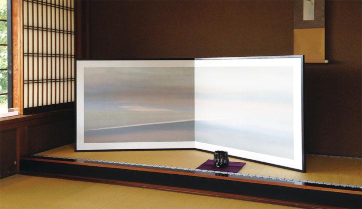 画家、正井尊さん「揺らす景色」インクジェットで刷り重ねる、版画の手法を用いた絵画展