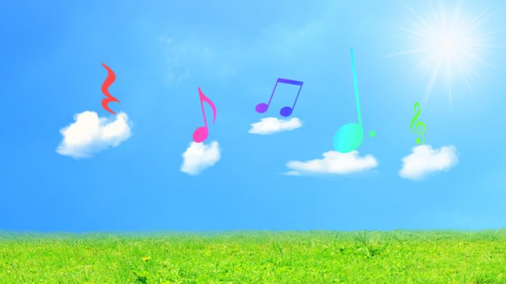 音楽遊びを楽しむ「ぐるん de シンフォニー」2歳未満の乳幼児と保護者の参加者募集中!