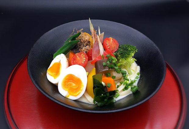 「新春の秦野」で初詣といちご狩り&グルメ満喫の旅!いちご食べ放題に名水豆腐など